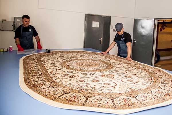 Профессиональная чистка ковровых покрытий
